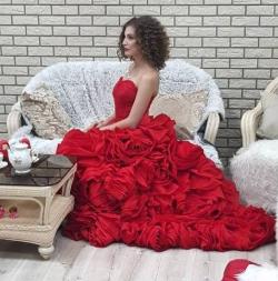 Платье - розы длинное, для фото сессий и свадьбы