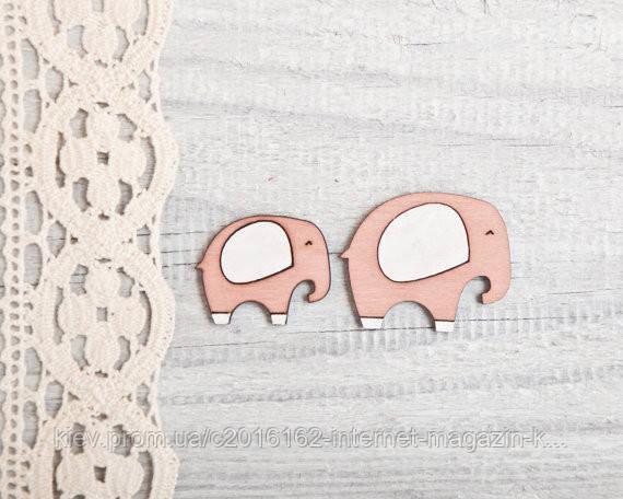 Брошь ручной работы Слониха со слоненком розовые дерево 2 шт