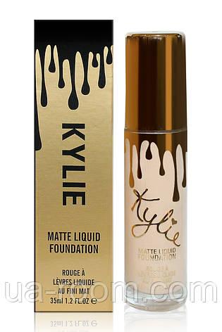 Матовая тональная основа Kylie Matte Liquid Foundation, 35 ml KE-76, фото 2