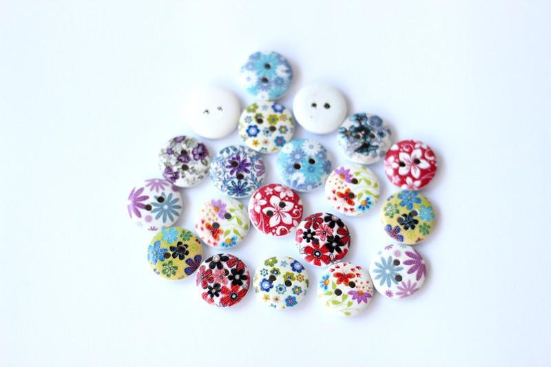 Набор круглых декоративных пуговиц для рукоделия и творчества 15мм в цветы