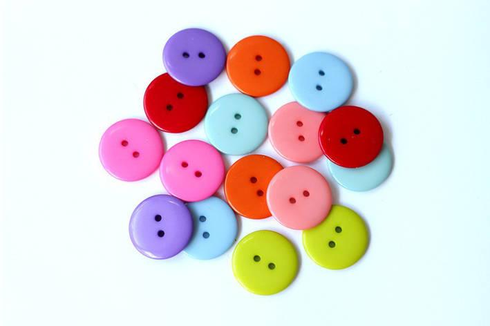 Набор круглых пластиковых пуговиц Pugovichok для рукоделия и творчества 23 мм в ассортименте, фото 2