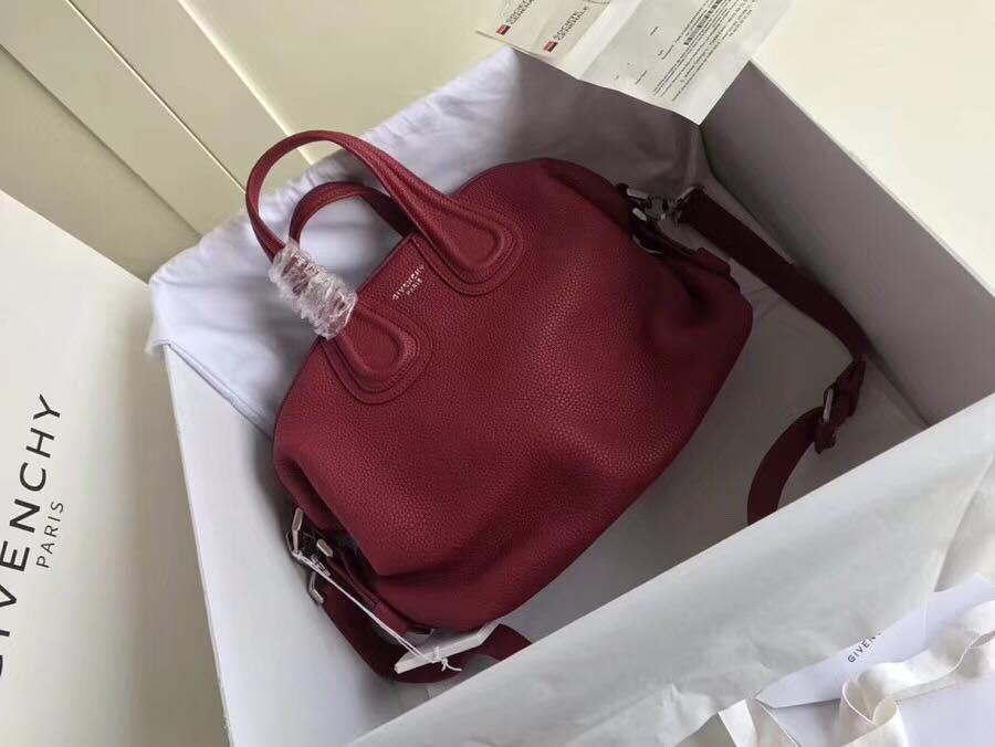 Женская сумка от Givenchy