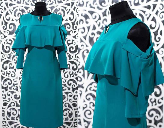 Стильное женское платье с воланами и v образным вырезом ткань *Костюмная* 52, 54, 56 размер батал, фото 2
