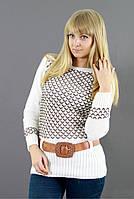 Модный женский джемпер с красивым вязаным узором
