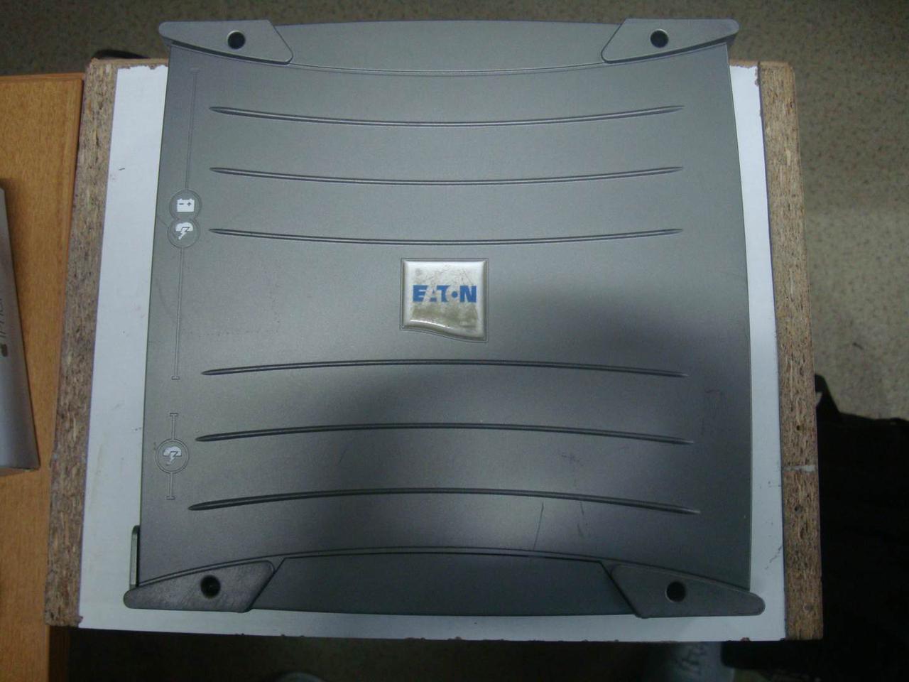 Бесперебойник ИБП Eaton Ellipse ASR 600 UPS под обычные розетки