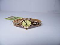 Золотые женские часы с бриллиантами