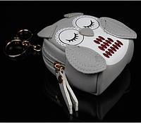 Брелок мини-рюкзачок Сова серый