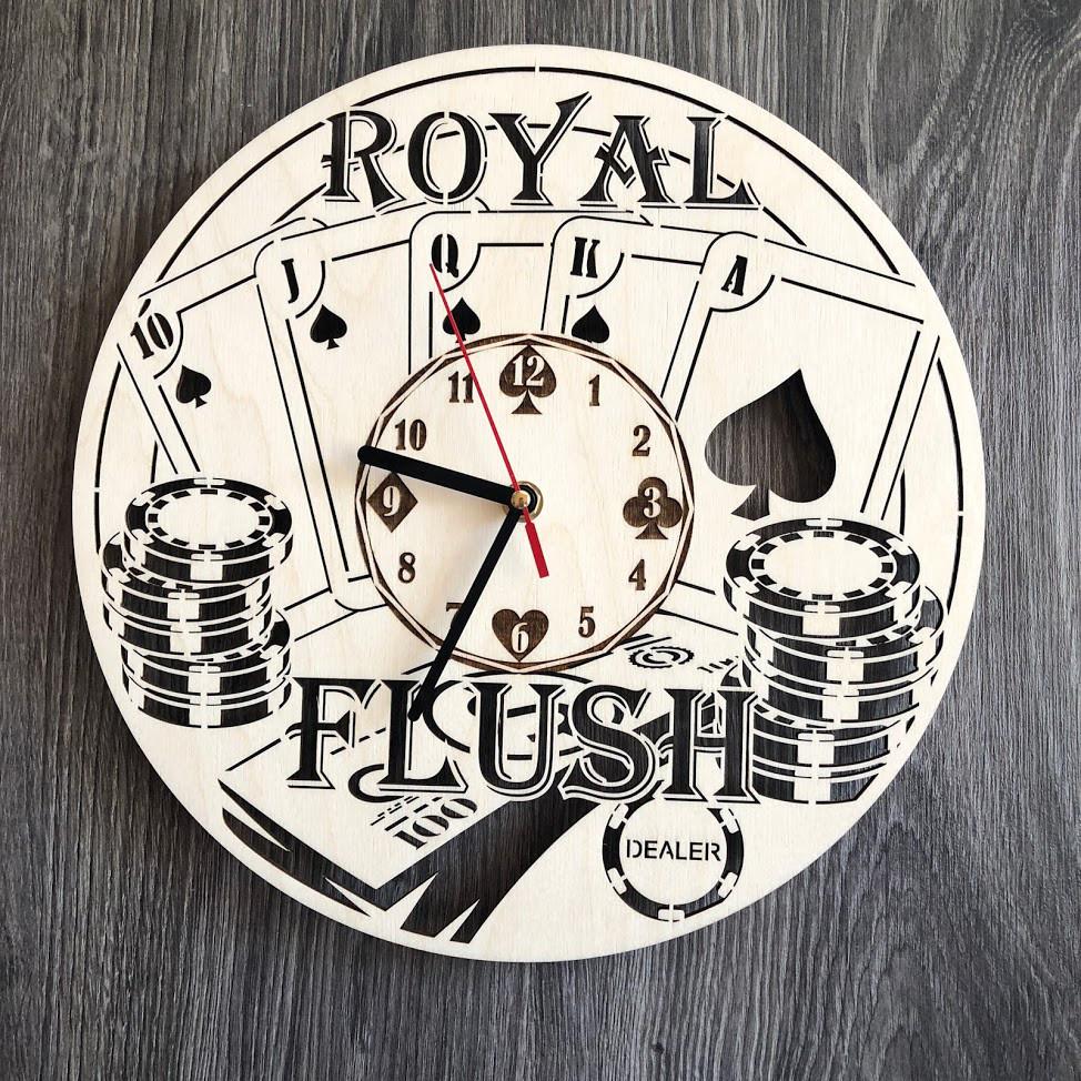 Бесшумные настенные часы из дерева «Покер»
