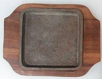 Сковорода чугунная на деревянной подставке , 150х100 мм