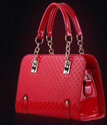 Женская лаковая сумка на плечо Craft