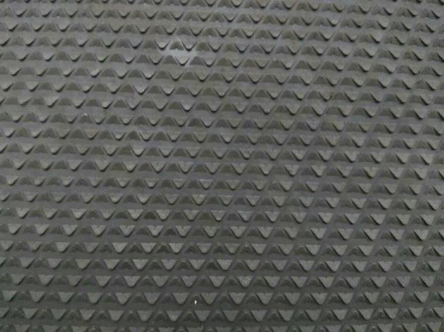 Резина набоечная Треугольник/Зима, 485x485х7 мм, цв. черный, фото 2
