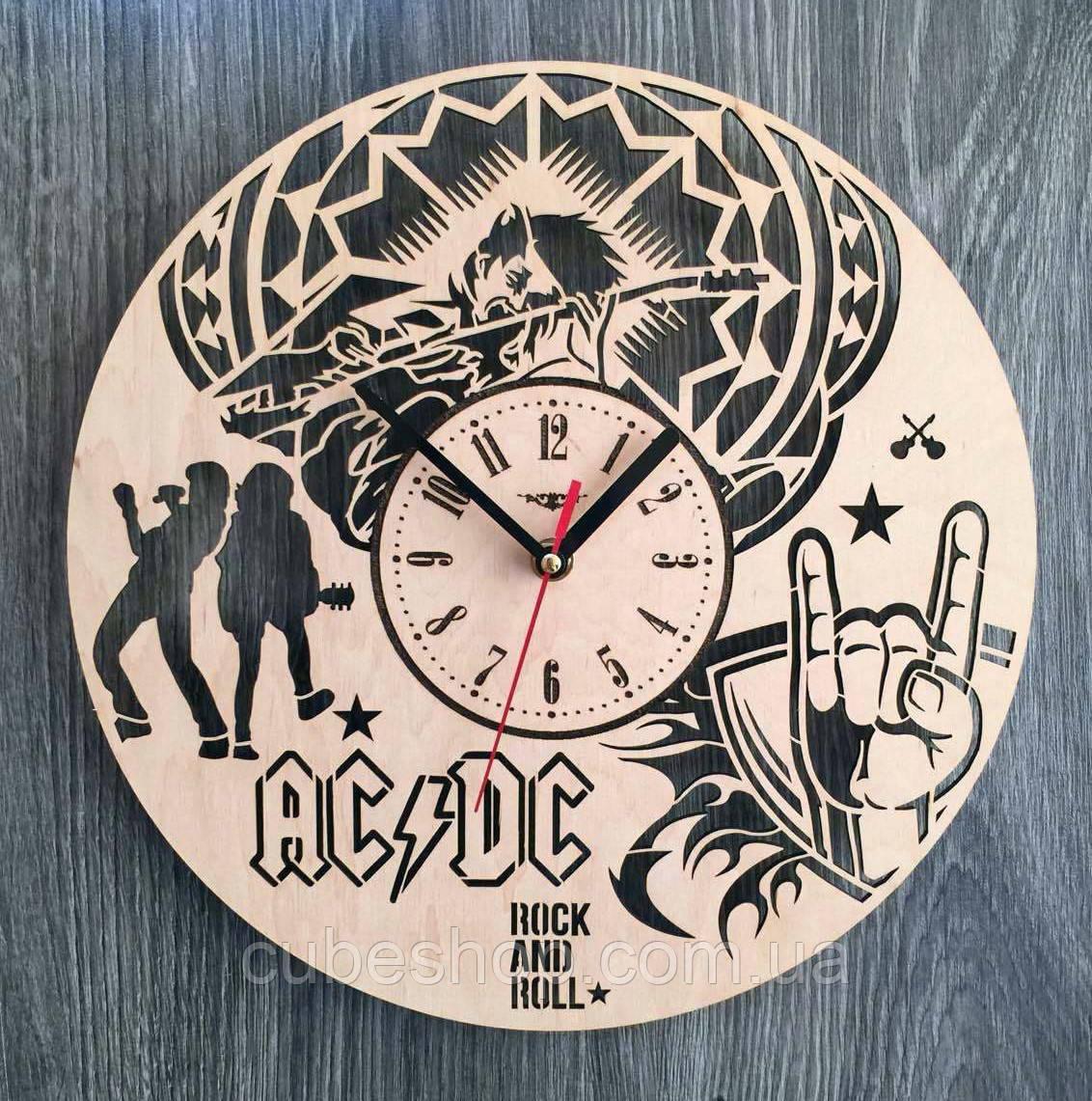 """Деревянные настенные часы """"AC/DC"""""""