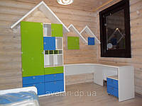 Мебель для детской комнаты на заказ с фасадами из крашенного МДФ