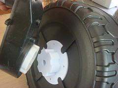 Провтулок для установки пластиковых колес детского электромобиля 6 лепестков широкий