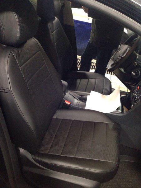Авточехлы модельные чехлы Эко-кожа Комбинированные Citroen С4 Ситроен С4  от 2010г