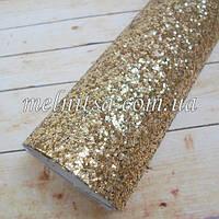 Крупный глиттер на  на тканевой основе, 35х20 см, цвет св.золото