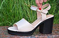 Босоножки женские на каблуке бежевые (код 3462) - босоніжки жіночі на каблуках бежеві