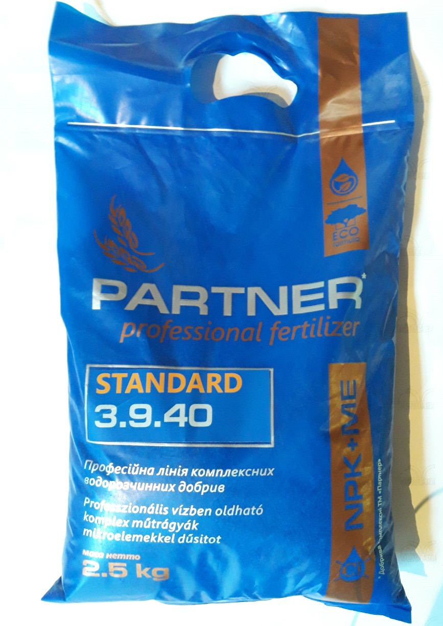Удобрение Партнер 3.9.40 (2.5 кг) Стандарт