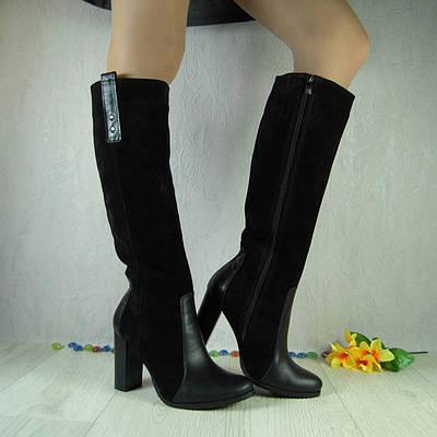 Женские сапоги из натурального замша и  кожи черного цвета, на устойчивом каблуке