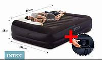 Двуспальная надувная кровать интекс (насос встроенный).