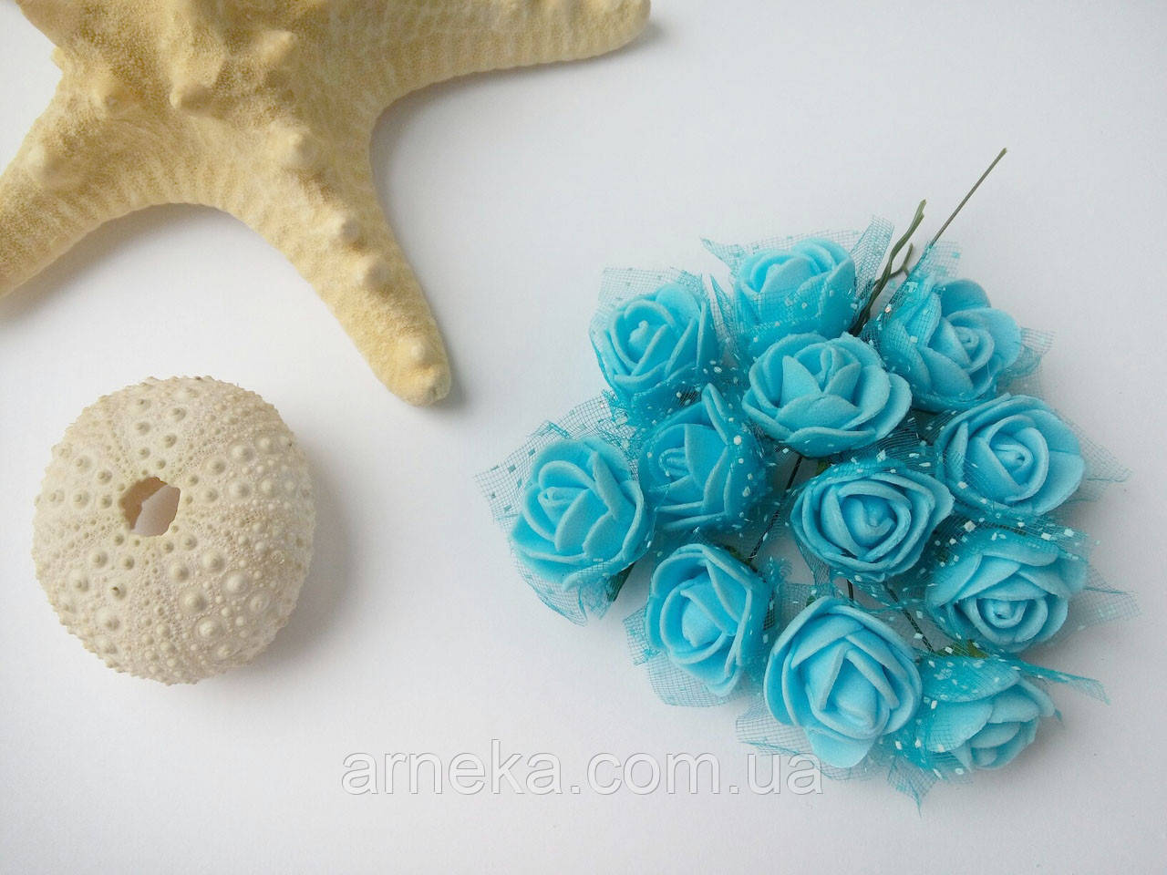 Розы латексные (с фатином) голубые