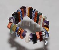Оригинальный браслет из самоцветов