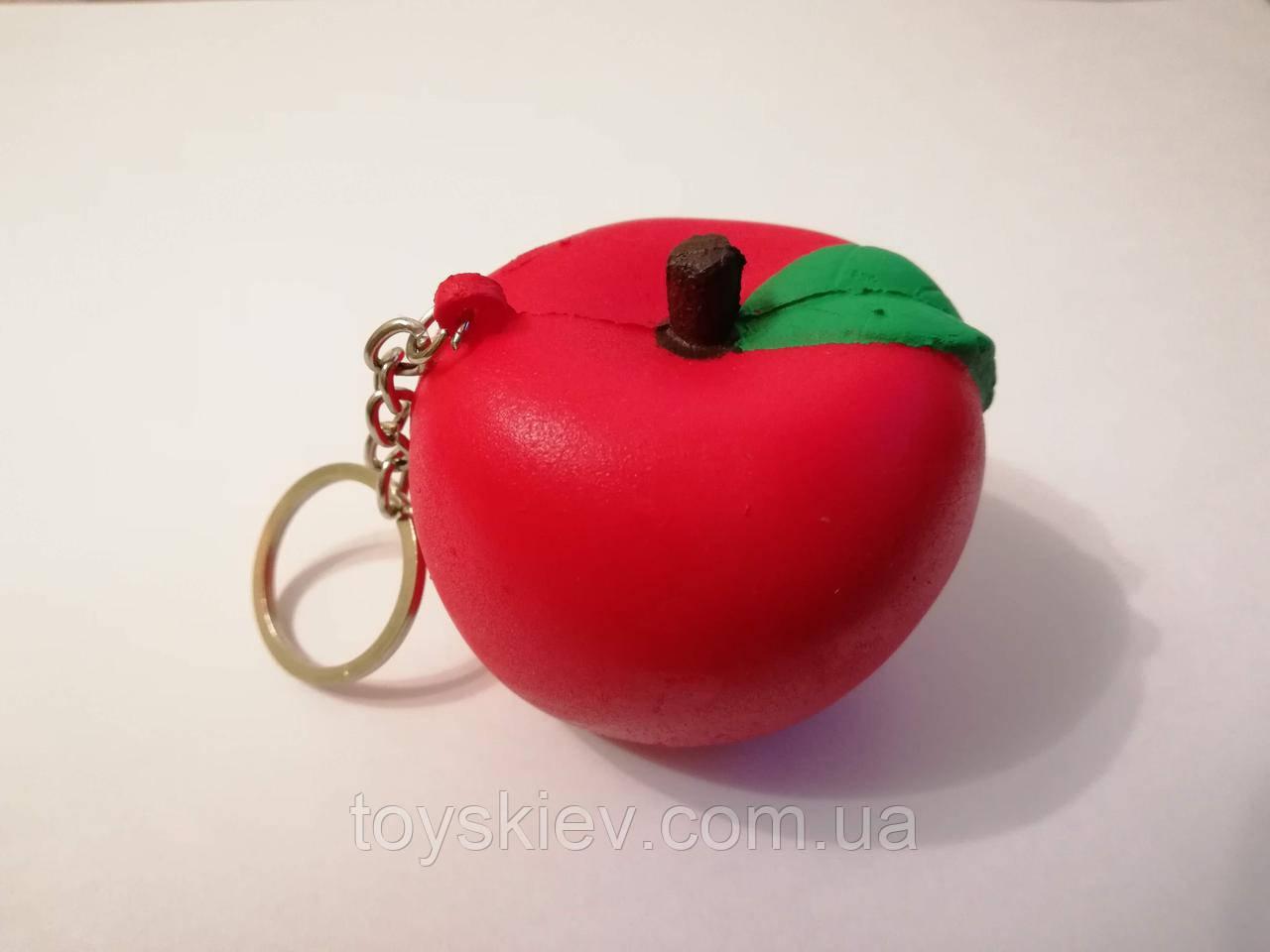 Сквиши SQUISHY Яблоко брелок Сквиш Антистресс игрушка ароматная маленькая