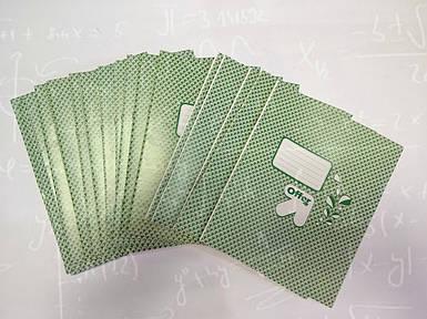 Тетрадь школьная фоновая 12 листов В5 формат белый лист клетка линия косая  в ассортименте