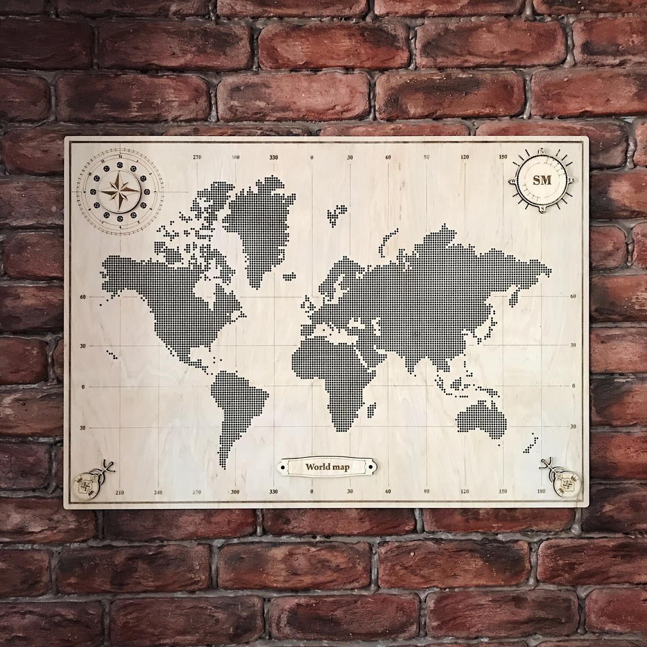 Карта світу з фанери, перфорована, декорована компасом 113*80 см