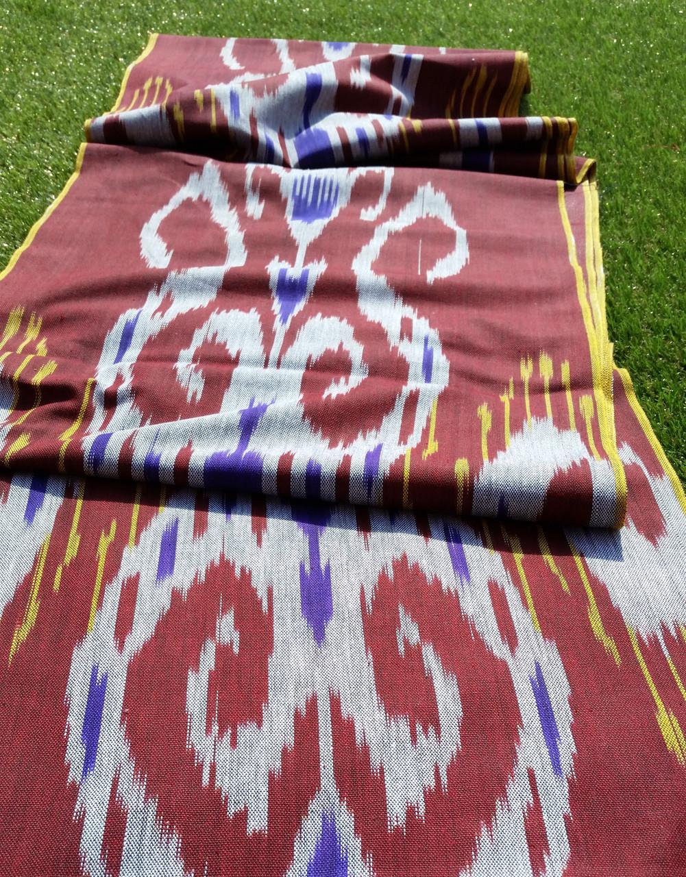 """Хлопковая ткань в технике """"Икат"""" ручного ткачества. Маргилан, Узбекистан"""