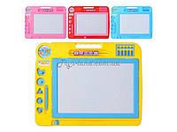 Доска для рисования 907  4 цвет, с печатками, счетами, часами, палочкой, в пакете 30*26 см.