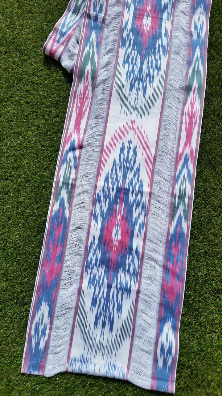 """Хлопковая ткань с декором в технике """"Икат"""" ручного ткачества. Маргилан, Узбекистан"""