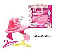Утюг игрушка 618-1   звук,  гладильная доска,корзина,плечики, в коробке  32*11*30 см.