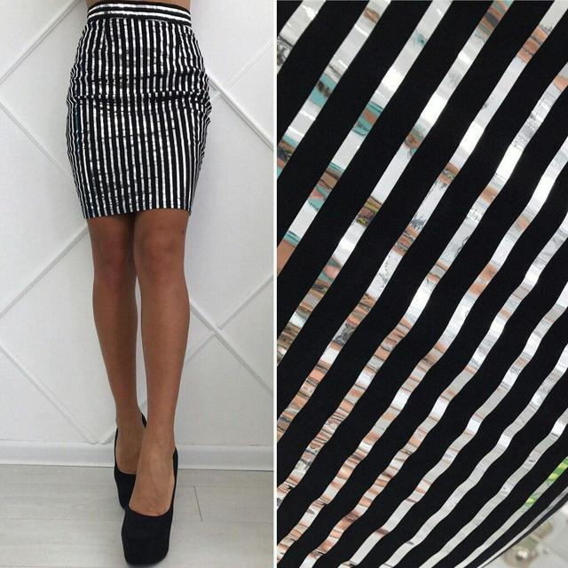 Короткая юбка-карандаш в полоску (К18769)