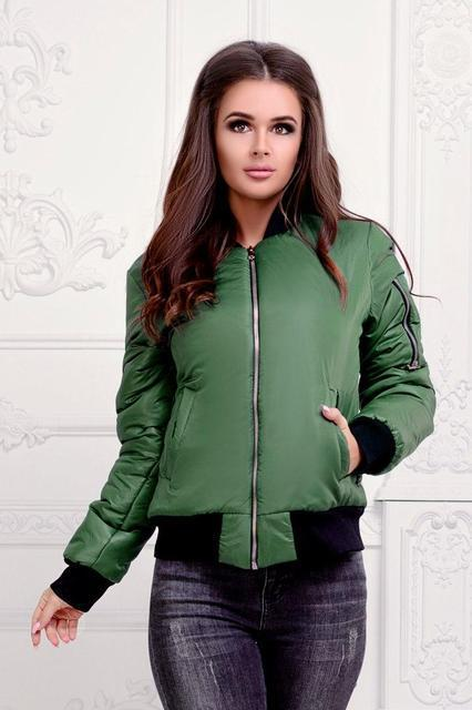 Теплая женская куртка-бомбер (К19635)