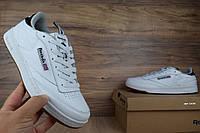Мужские кроссовки Reebok Classic Workout белые на бежевой ступне Топ Реплика Хорошего качества