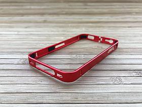 Бампер Metal iPhone 4 / 4s red