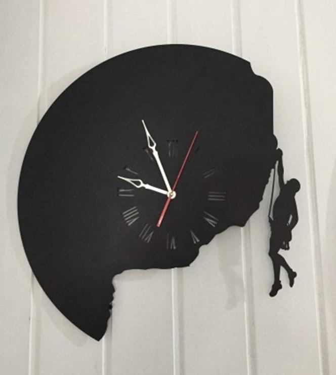 Часы настенные Скалолаз