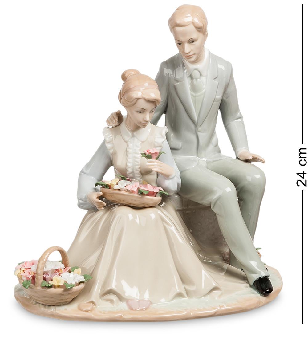 Статуэтка пара Цветы для Любимой (Pavone) JP-15/46
