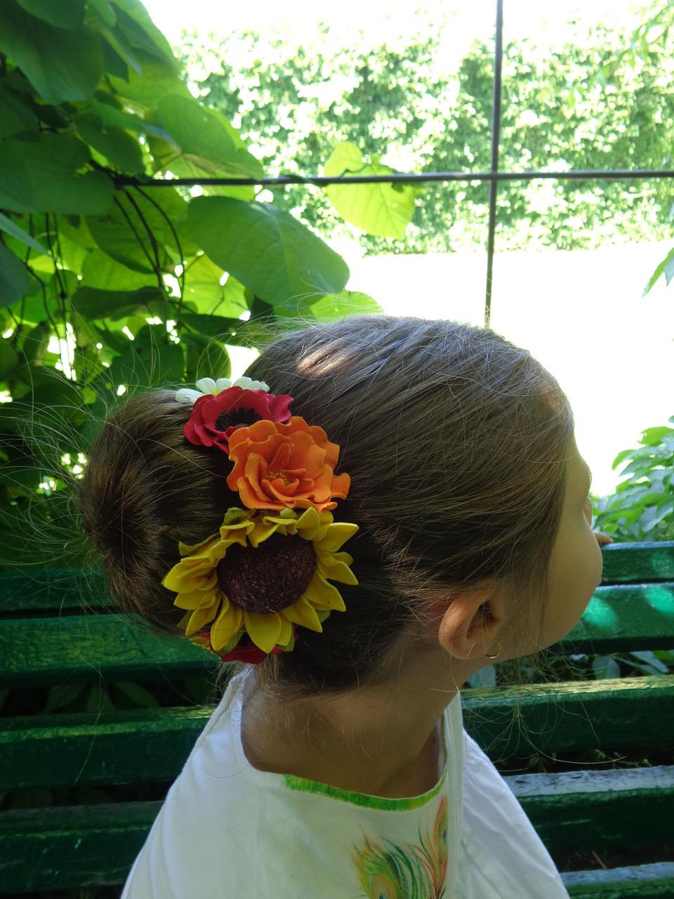 Цветы для прически чем обрабатывают