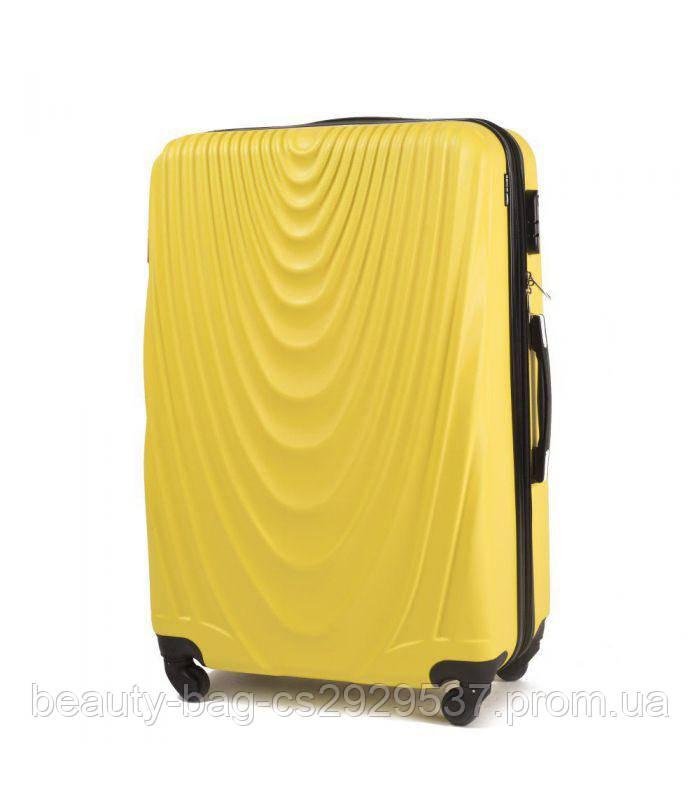 Чемодан пластиковый маленького размера Wings 304 Mini желтый