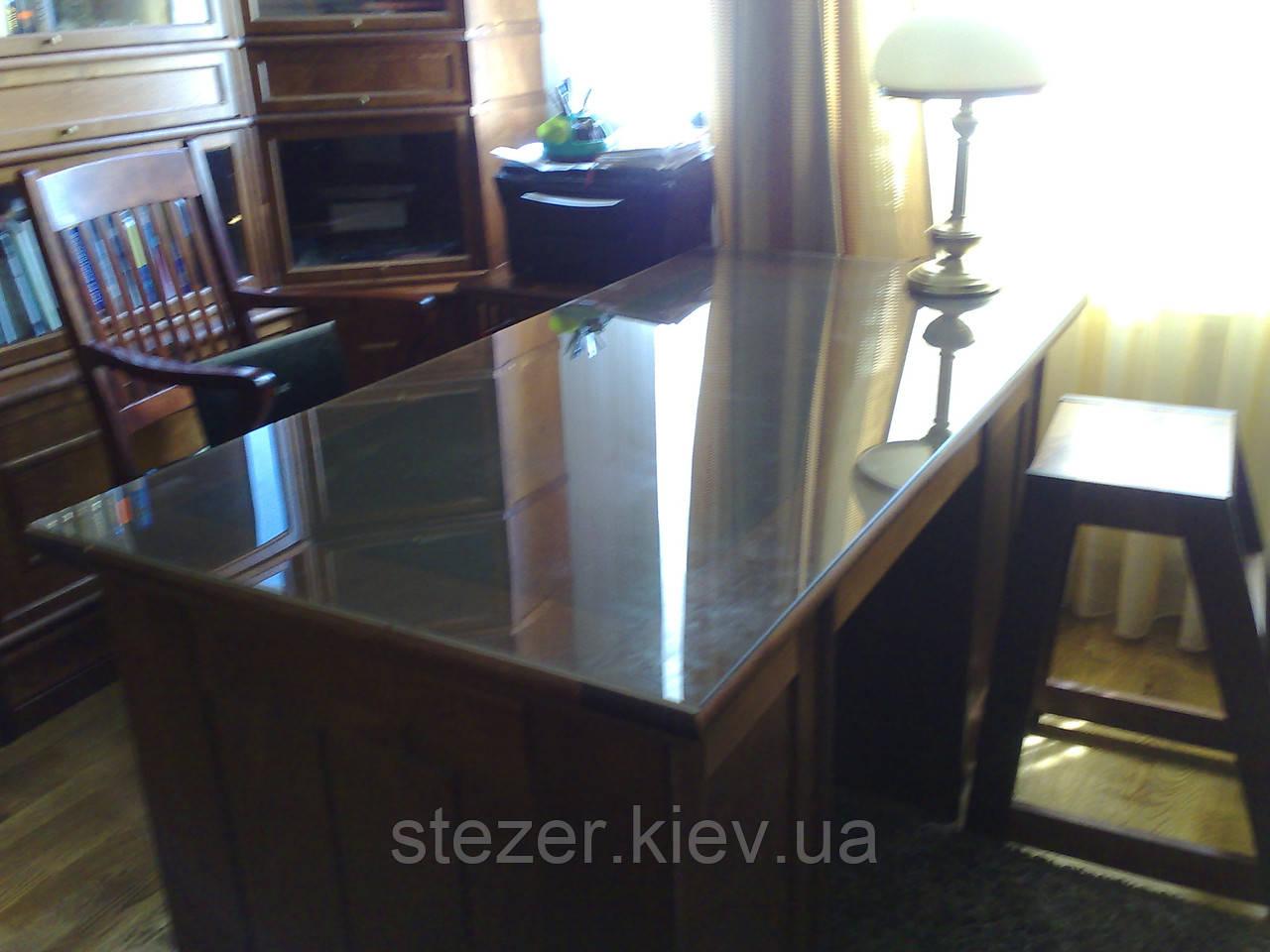 Прозоре скло для столу
