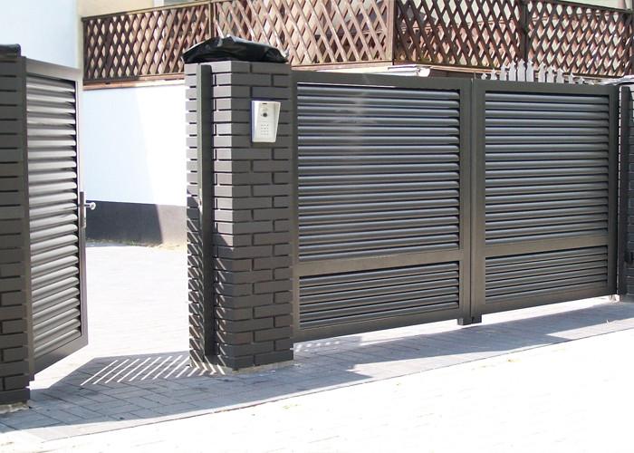 Розпашні ворота жалюзі з ламелей 3500х2000