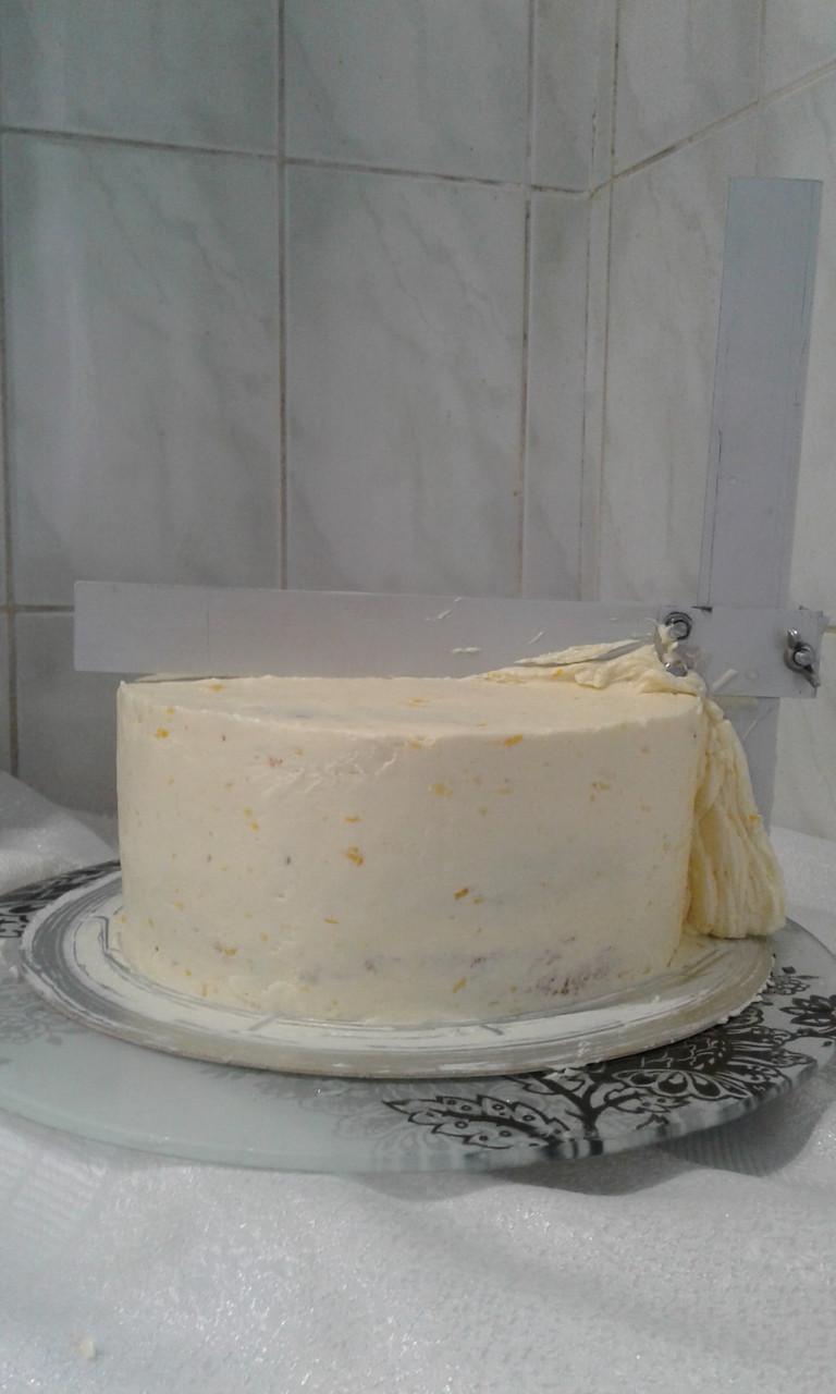 Шпатель для вирівнювання тортів -металевий кутовий регулируемій 20 на 20 см