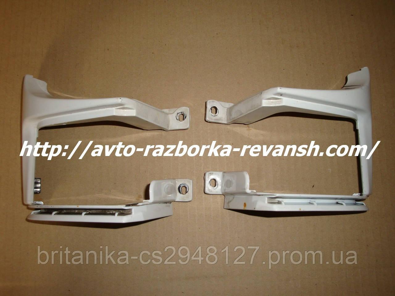Пластик зависы под розпашонку (пластик под фонарь) Мерседес Вито W639 (распашные двери)