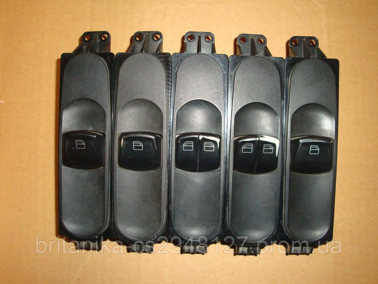 Блок управления электростекло подьемниками Мерседес Вито 639 правый R пассажирский бу Vito
