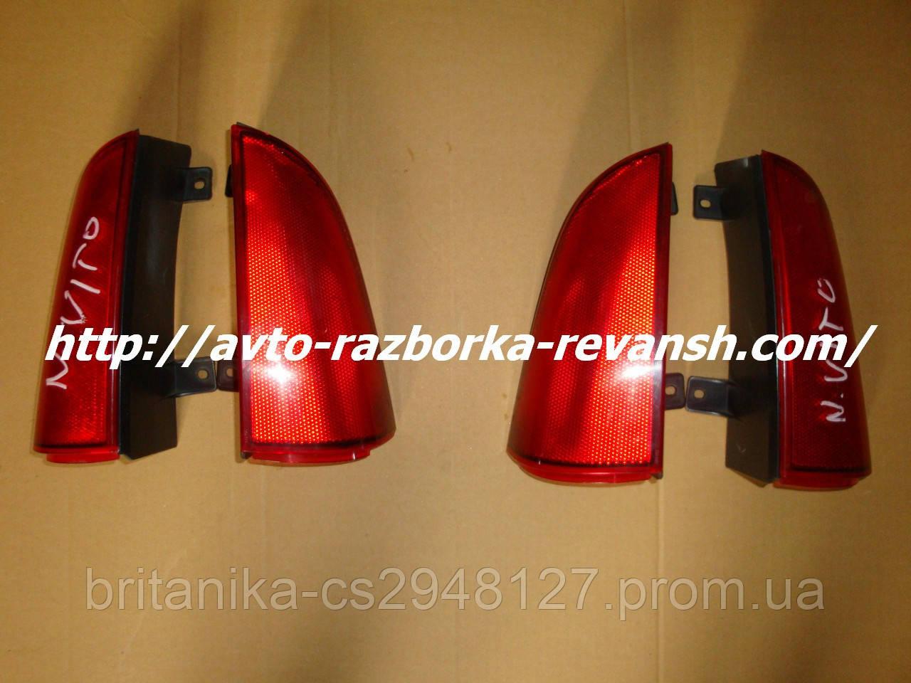 Верхний уголок заднего фонаря под ляду задний стоп Мерседес Вито 639 Vito бу