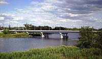 Мост через Северский Донец оборудуют солнечными панелями и ветрогенератором