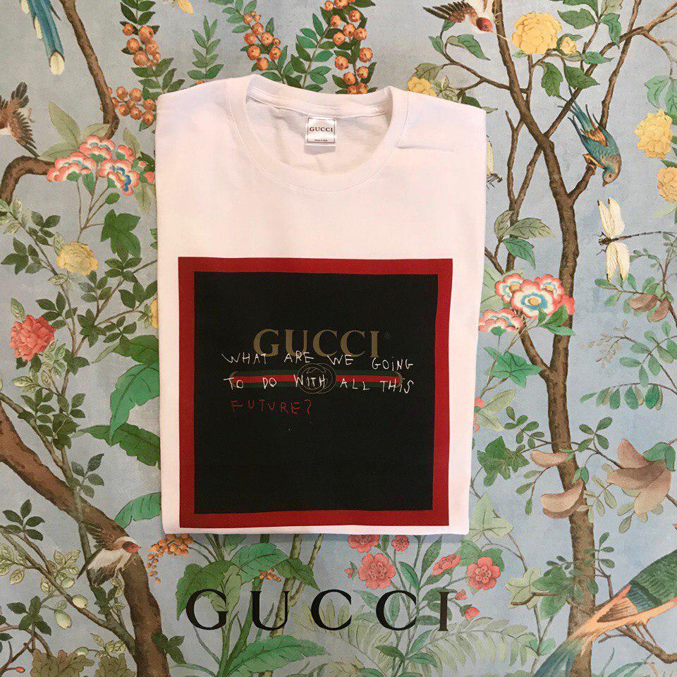 80a58f3987cc ... Футболка белая женская брендовая с принтом Черный квадрат от Gucci Гуччи,  ...