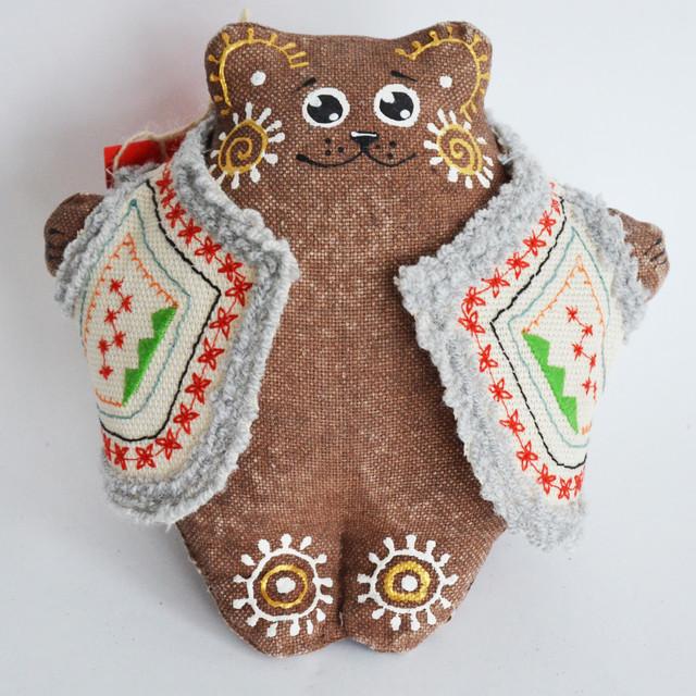 Мишка в кожушке кофейный . Украинский сувенир.